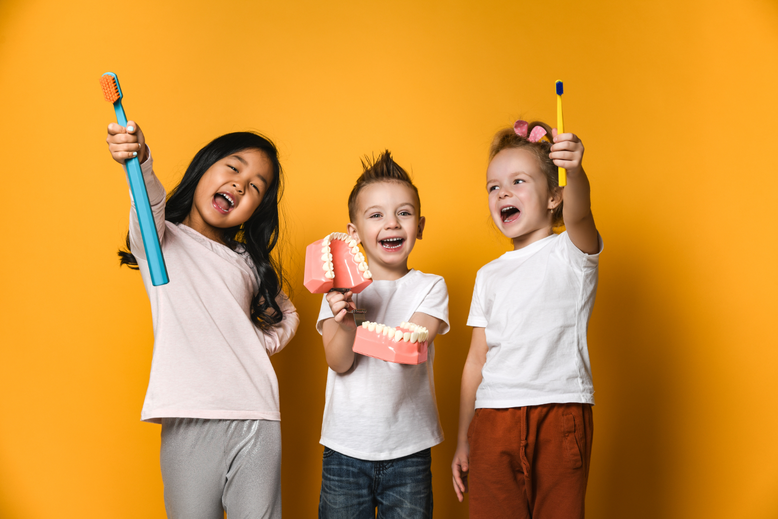 How can I help my child to have a positive dental visit?
